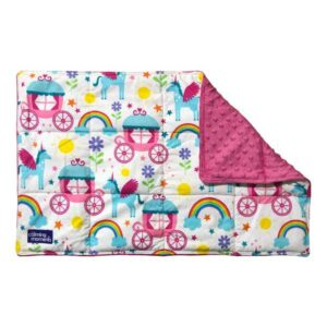 2.0kg large lap blanket made with unicorns and carriages printed cotton front
